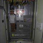Električni razdelilnik, stikalni blok za razvod moči (PCC)